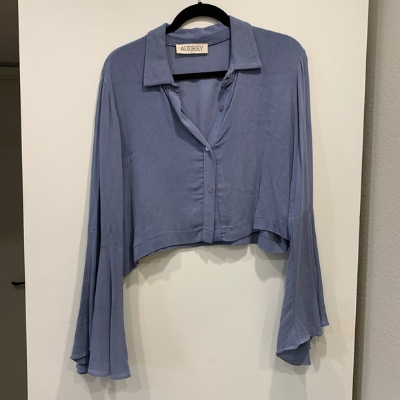 Audrey 3+1 Tops - Cropped bell sleeve button up